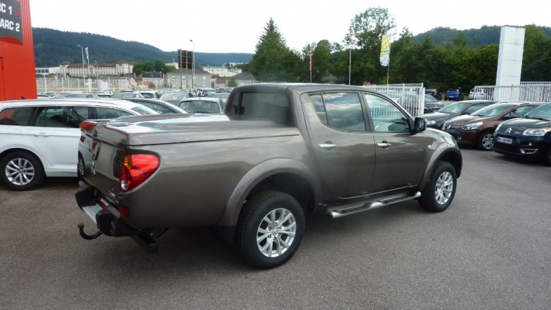 Photo 6 de l'offre de MITSUBISHI L200 2.5 TD 178 DOUBLE CAB INTENSE à 22995€ chez Remiremont automobiles